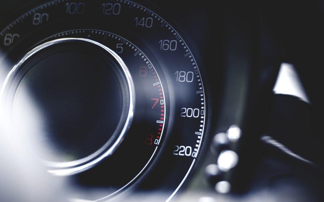 Utrata prawa jazdy za prędkość