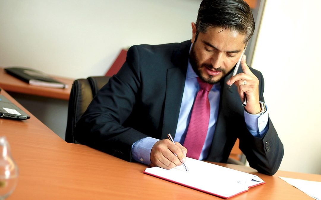 Polacy rzadko konsultują się z prawnikami